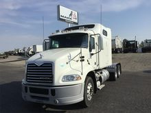 2013 MACK PINNACLE CXU613 CONVE