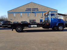 1993 FORD L7000 CAR CARRIER