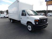 2015 FORD E-350 BOX TRUCK - STR