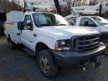 2003 FORD F550 Bucket truck - b