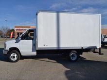 2017 FORD E-450 BOX TRUCK - STR