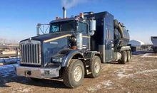 2011 KENWORTH T800 Vacuum truck
