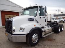2017 Freightliner 114SD Convent