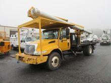 2002 IHC 4300 Bucket truck - bo