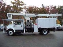2015 FORD F750 Bucket truck - b