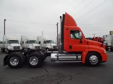 Used 2010 FREIGHTLIN