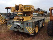 Used 2000 GROVE Ye44