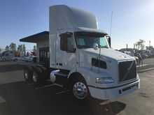 Used 2012 VOLVO VNM4