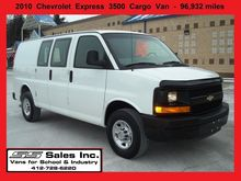 2010 CHEVROLET EXPRESS Box truc