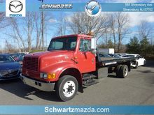 2001 INTERNATIONAL 4700 CAR CAR