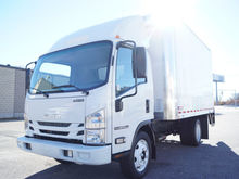 New 2016 Isuzu Truck