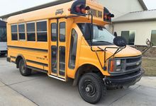 1999 CHEVROLET MID BUS BUS