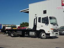 2011 UD 2000 Rollback tow truck