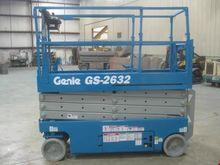 2005 GENIE GS2632 Scissor lifts