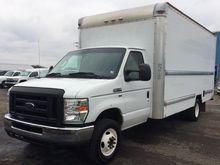 2009 Ford E350 Box truck - stra