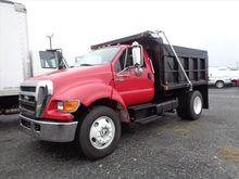 2004 Ford F-750 Dump truck