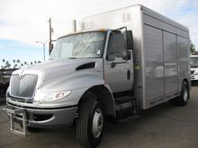 2009 INTERNATIONAL 4300DT Bever