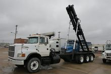 1995 FORD L9000 GARBAGE TRUCK