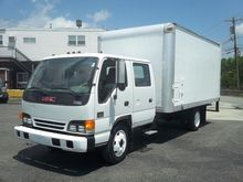 2003 GMC W5500 BOX TRUCK - STRA