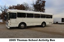 2005 THOMAS SCHOOL ACTIVITY BUS