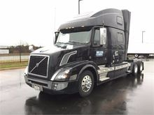 Used 2016 VOLVO VNL