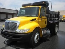 2013 INTERNATIONAL 4300 Dump tr