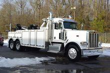 2017 PETERBILT 389 Wrecker tow