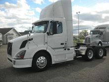 2012 VOLVO VNL CONVENTIONAL - D