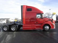 2013 VOLVO VNL64T670 Convention