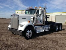 2013 KENWORTH W900 Winch truck