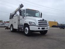 2016 HINO 268A CONVENTIONAL - S