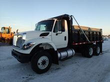 2011 INTERNATIONAL 7400 DUMP TR