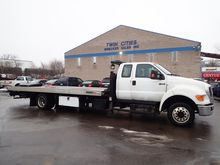 2013 FORD F650 Car carrier