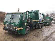 2001 MACK 600 LE600 Garbage tru