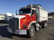 2007 KENWORTH T800 Dump truck