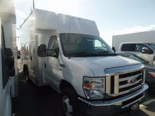 2016 FORD E-350SD BOX TRUCK - S