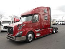 2015 VOLVO VNL Conventional - s