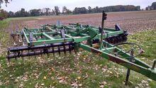 JOHN DEERE 724 Mulch finishers
