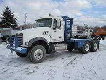 2008 MACK GRANITE Winch truck
