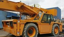 2003 Broderson IC250-3A Cranes
