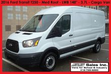 2016 FORD TRANSIT Box truck - s
