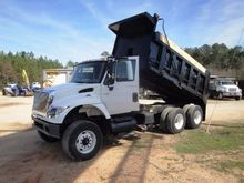 2006 INTERNATIONAL 7600 DUMP TR