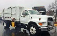 1996 Ford F800 Garbage truck