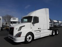 2010 VOLVO VNL64T630 CONVENTION