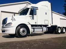 2008 FREIGHTLINER COLUMBIA TRAC