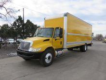 2013 INTERNATIONAL 4300 SBA Box