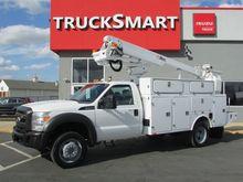 2011 Ford F450 Bucket truck - b