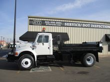 1991 INTERNATIONAL 4900 Dump tr