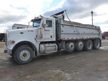 2011 PETERBILT 367 Dump truck