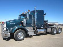 2006 KENWORTH T800 Winch truck